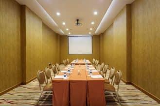maestro dmc noah's ark hotel meeting room 4